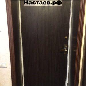 Промерзла дверь